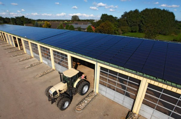 Rooftop PV on an agricultural warehouse in Handewitt, Germany